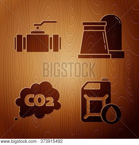 Set Canister For Motor Machine Oil, Industry Metallic Pipes And Valve, Co2 Emissions In Cloud And Oi
