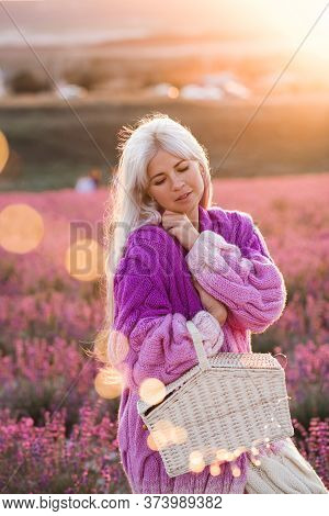 Blonde Elegant Woman 24-29 Year Old Wearing Stylish Knitted Cardigan Posing In Lavender Field Pickin