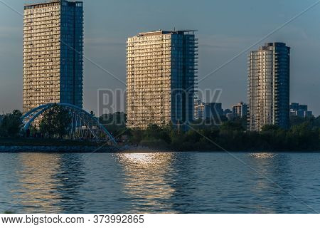 A View Of The Condominiums On The Shore Of Lake Ontario In Toronto, Canada.