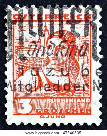 Postage Stamp Austria 1934 Woman From Burgenland