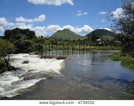 Fluss ampefy