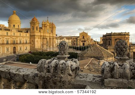 baroque landscape with Noto Cathedral