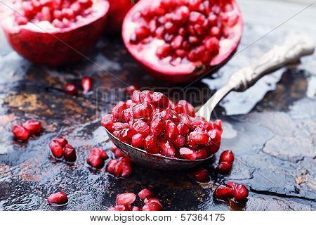 Pomegranates Arils