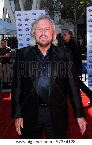Barry Gibb at the American Idol Grand Finale 2010, Nokia Theater, Los Angeles, CA. 05-26-10