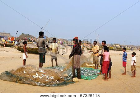 Everyday Life Of Indian Fishermen