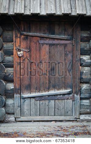 Old Wooden Door With Metallic Doorlock