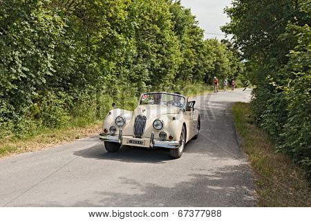 Vintage Car Jaguar Xk 140 Dhc