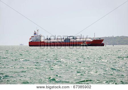 Lng Tanker In Kerch