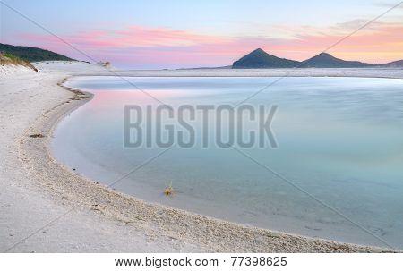 Winda Woppa Lagoon At Sunset