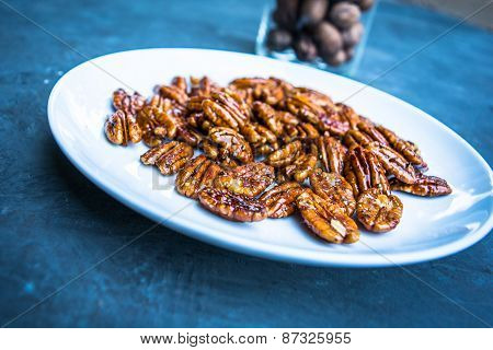 Raw Candied Pecans