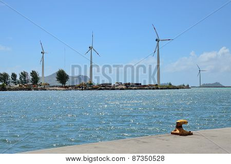 Group of windmills for electric energy production