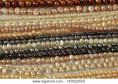 Perls Necklate Texture