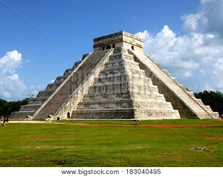 Aztec pyramid from Mexico. Chichen Itza, Yucatán Peninsule
