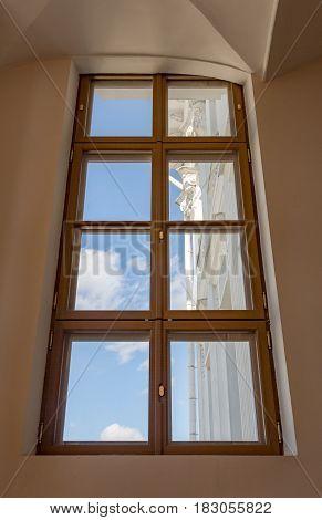 Example Of Window Decor