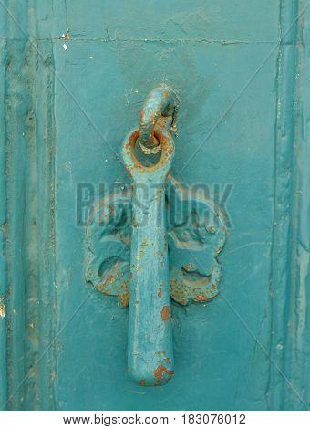 Old mint door metallic knob for knock