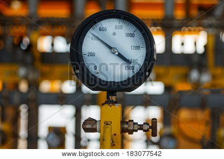 Pressure gauge for monitoring measure pressure production process Oil and gas or petroleum Offshore energy and petroleum industry is major of the world