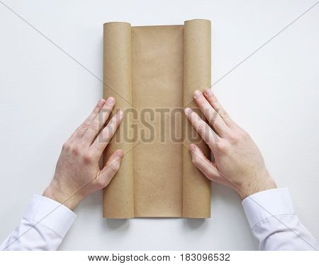 Unfold the scroll. Place for the inscription. Plan.