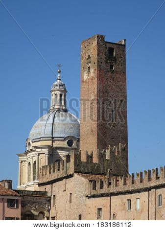 Dome of Sant'Andrea and tower of the Mantua cage Dome of Sant'Andrea and tower of the Mantua cage