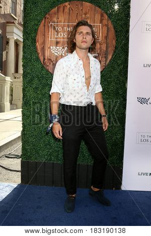 LOS ANGELES - APR 22:  Guest at the 2017 The Humane Society Gala at Parmount Studios on April 22, 2017 in Los Angeles, CA