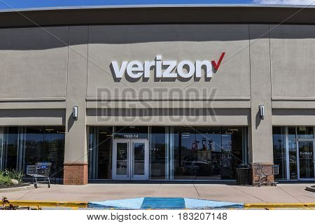 Indianapolis - Circa April 2017: Verizon Wireless Retail Location. Verizon is the largest U.S. wireless communications service provider XV