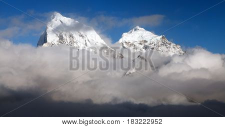 View from Gokyo Ri to Arakam Tse Cholatse and Tabuche Peak - trek to Everest base camp - Nepal
