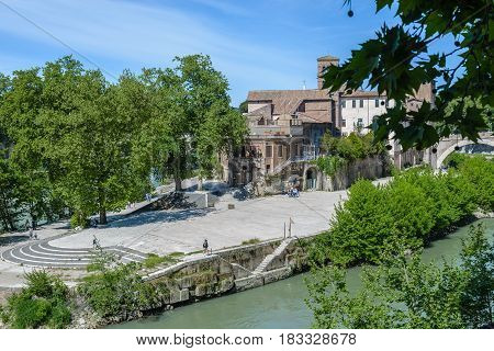a view of tevere in Rome Italy