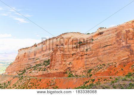 Driving The Rim Rock Drive