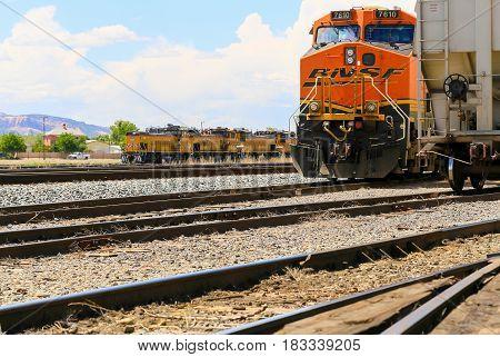 Engines On Tracks