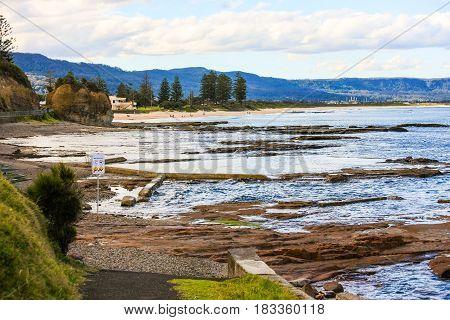 Wollongong coast tidal rock pools have hazard warnings