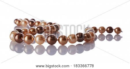 Luxury Elegant Golden Pearl Necklace Close-up