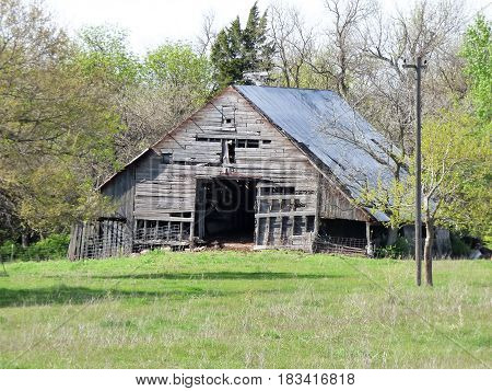 An abandoned barn along the road somewhere in Oklahoma.