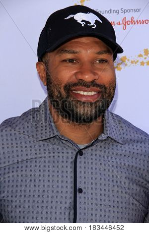 LOS ANGELES - APR 23:  Derek Fisher at the Safe Kids Day at the Smashbox Studios on April 23, 2017 in Culver City, CA