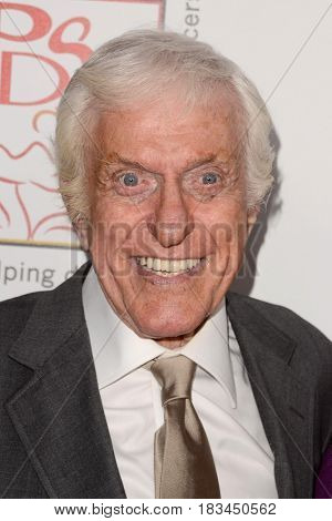 LOS ANGELES - APR 23:  Dick Van Dyke at the Professional Dancers Society's 30th Gypsy Awards at the Beverly Hilton Hotel on April 23, 2017 in Beverly Hills, CA