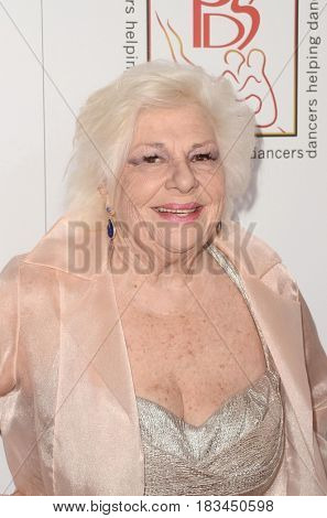 LOS ANGELES - APR 23:  Renee Taylor at the Professional Dancers Society's 30th Gypsy Awards at the Beverly Hilton Hotel on April 23, 2017 in Beverly Hills, CA