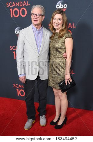 LOS ANGELES - APR 08:  Jeff Perry and Zoe Perry arrives to the
