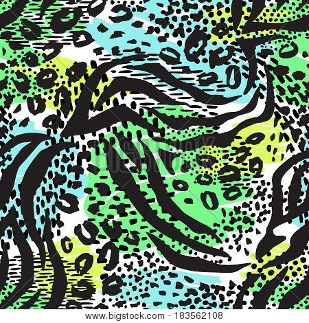 Fashionable seamless animal pattern background. Colorful exotic animal print. Vector pattern.