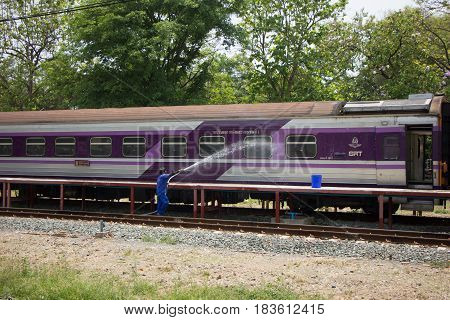 Cleaning Train Of Route Bangkok And Chiangmai