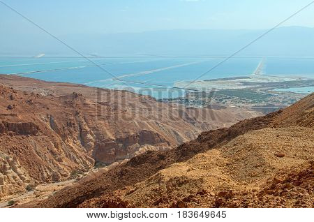 Desert views driving to the Dead Sea