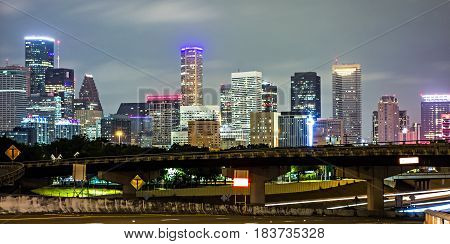 the houston texas skyline and the downtown