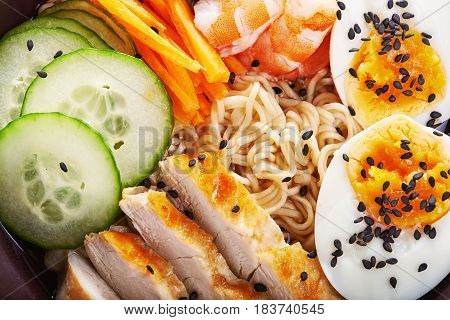 japanese ramen noodle with chicken and shrimps