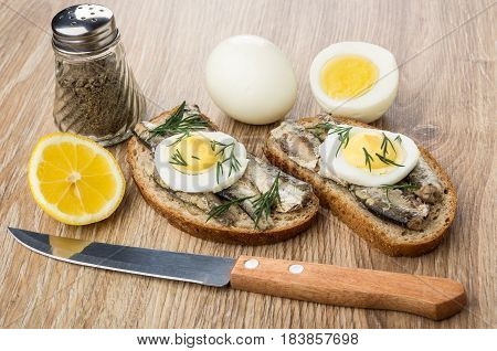 Sandwiches With Sparts, Boiled Eggs, Lemon And Pepper