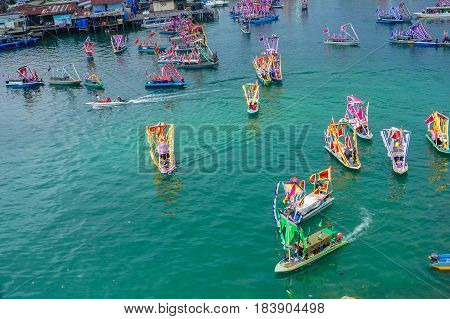Semporna,Sabah-Apr 22,2017:View of traditional Sea Bajau's boat known as Lepa-Lepa decorated with colorfull Sambulayang during Regata Lepa-Lepa in Semporna,Sabah,Borneo.Lepa means Boat in Sea Bajau