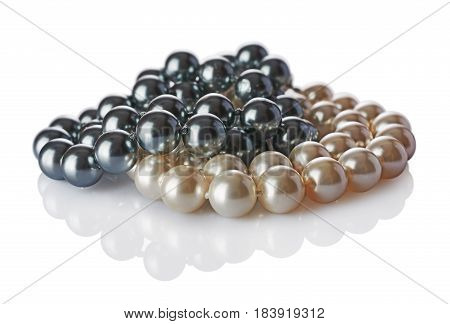 Luxury Elegant Gray And Beige Pearl Necklaces Close-up