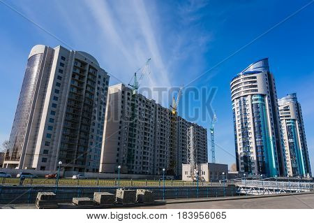 Construction of new homes in the city of Barnaul.