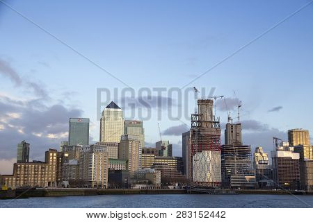 London, Uk - May 20, 2017. London Cityscape Across The River Thames With A View Of Canary Wharf, Lon