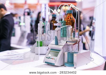 Advance Technology Automatic Titrator Device For Dosing Chemical For Volumetric Or Quantitative Anal