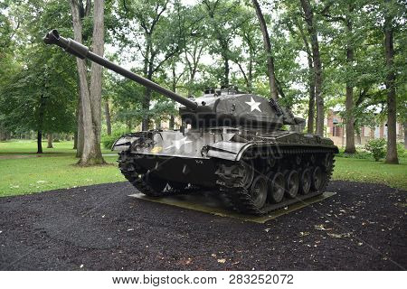 M41a3 Walker Bulldog Tank On Display At The First Division Museum, Cantigny Park, Wheaton, Il Septem