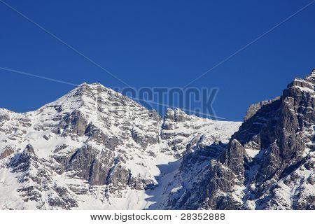 plane scratching mountain top