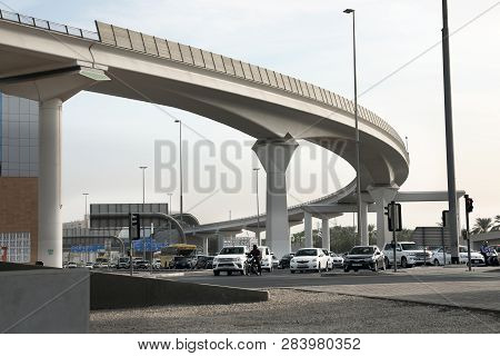 Dubai, United Arab Emirates - November 06, 2018: Cityscape With Flyover And Busy Traffic