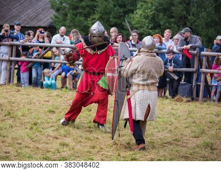 Torzhok, Russia -august 15, 2020: Reconstruction Of A Medieval Battle With The Participation Of Many